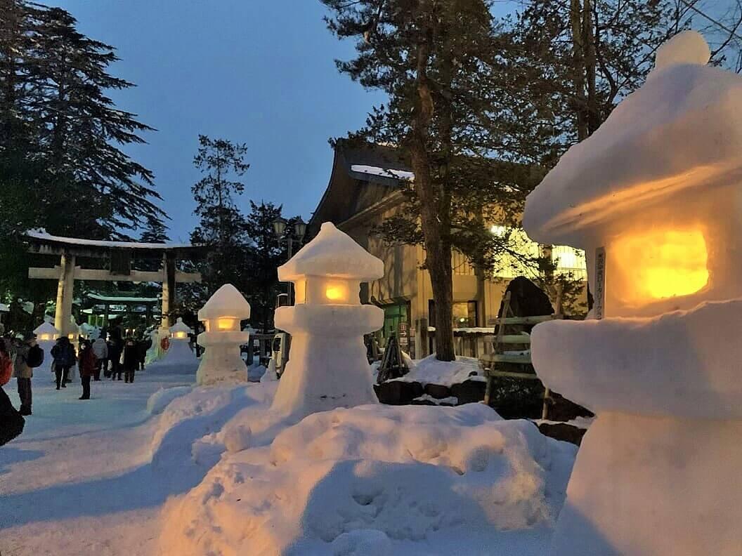 【国内・東北】 冬の風物詩 幻想の会津絵ろうそくと上杉雪灯篭、 東北の日本遺産を訪れる旅