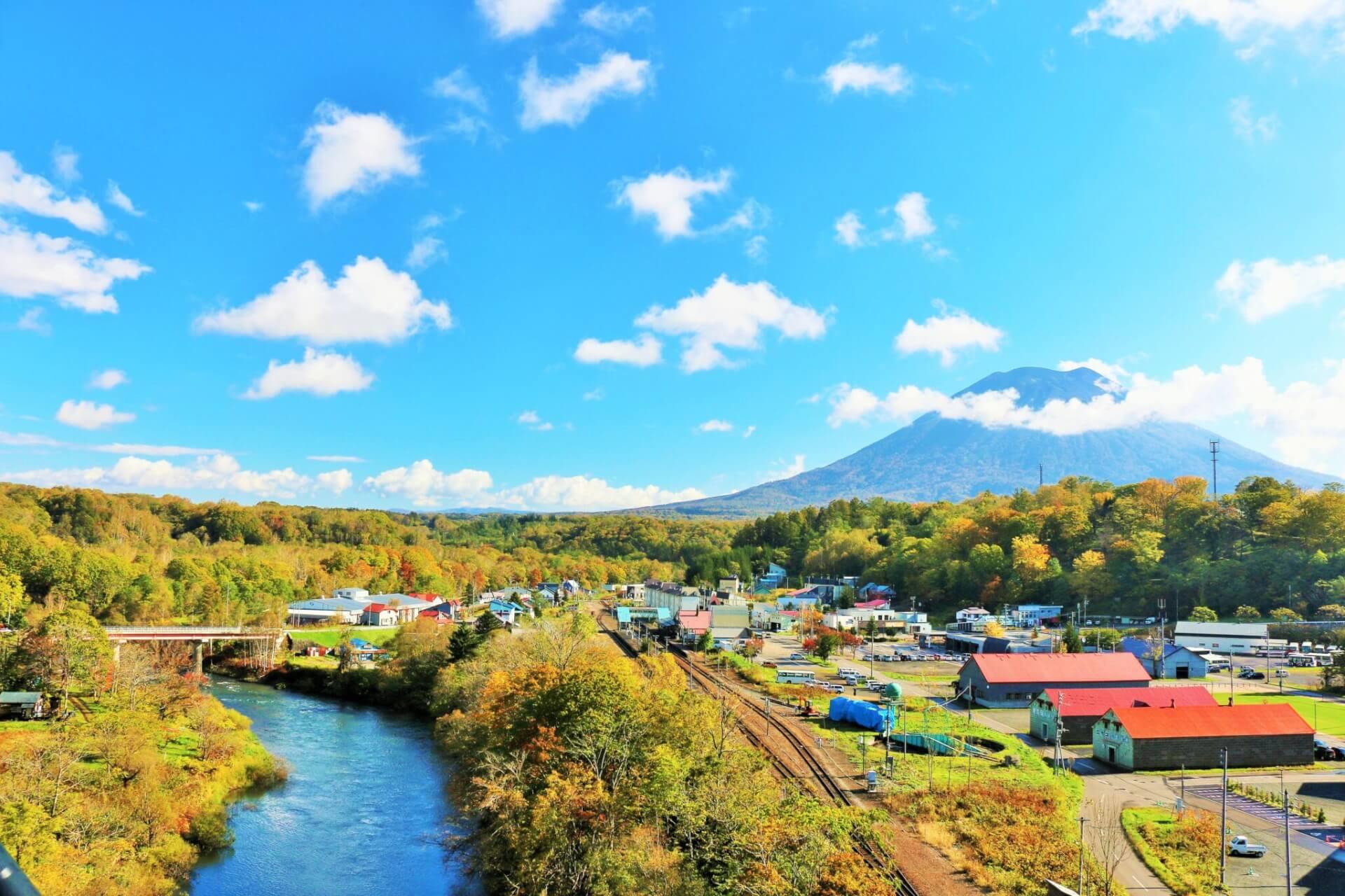 【国内・北海道】 爽やかな空気と美味しい食事を楽しむニセコ滞在と江差の旅
